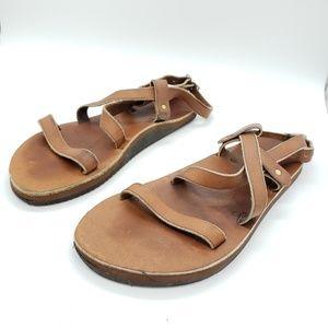 Kiwi brand Vibram Evaflex leather strappy sandals